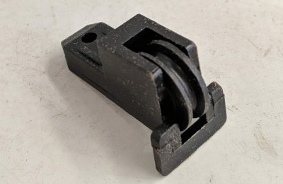 Essential sliding window roller (1995 - Current)