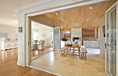 Signature bi-fold doors (screens N/A)