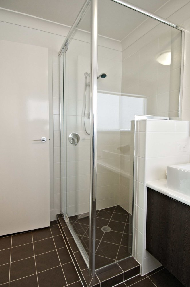Shower Screens Amp Mirrors Statesman Windows Adelaide